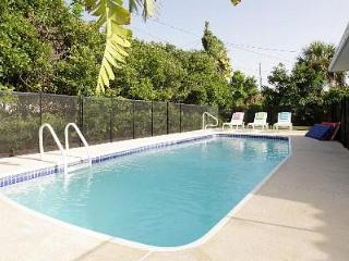 Sept. Sale, Only $999! Tropical Beach Pool House - Clearwater vacation rentals