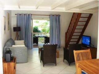 RESIDENCE DE LA PLAGE 34...  Cute beachfront studio apartment on fabulous Orient Bay ! - Cul de Sac vacation rentals