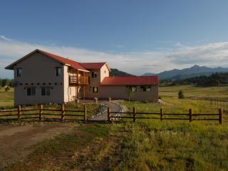 Beautiful 8 bedroom San Juan mountain retreat - Pagosa Springs vacation rentals