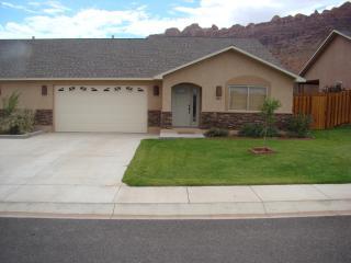 TIERRA DEL SOL # 1 MARCH SPECIAL 10% OFF - Moab vacation rentals