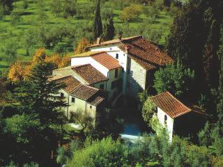 Friendly Farmhouse with panoramic pool in Tuscany - Serravalle Pistoiese vacation rentals