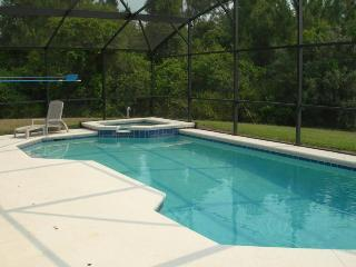 Clean and Spacious Disney Villa backing onto Conservation for lots of Privacy!! - Davenport vacation rentals