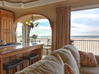 Oceanfront Beach Home 8 - State of the Art Appliances and Luxurious Decor with Fantastic Views! - Los Angeles County vacation rentals