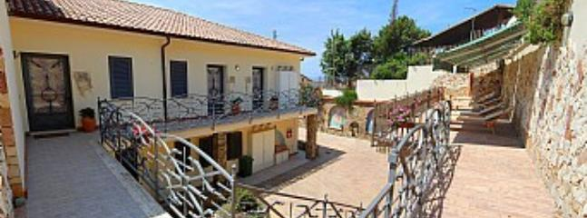 Casa Edera A - Image 1 - Agropoli - rentals