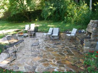 Has CREEK, Eco-Friendly Close to Nantahala &Bryson - Bryson City vacation rentals