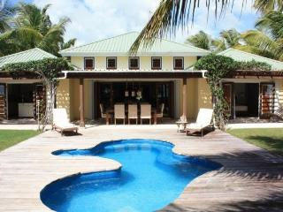 Palm Beach Villa Jolly Harbour, Antigua - Beachfront, Pool, Landscaped Gardens - Jolly Harbour vacation rentals