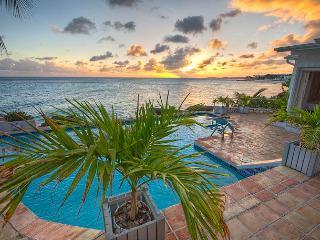 La Calanthe at Pelican Key, Saint Maarten - Oceanfront, Pool, Close To Beach, Restaurants And Nightlife - Pelican Key vacation rentals