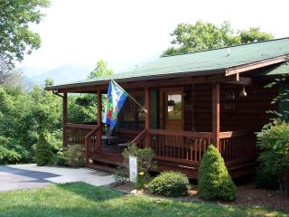 """Cliffsidelk Elk Cabin"" Call last minute Specials - Maggie Valley vacation rentals"