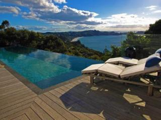 Lovely House with Deck and Internet Access - Waiheke Island vacation rentals