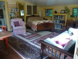Romantic Mendocino vacation Cottage with Deck - Mendocino vacation rentals