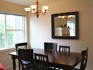 Convenient, Quiet & Safe E Capitol Hill Townhouse - Seattle vacation rentals