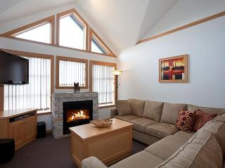 Whistler Ideal Accomm: Deluxe 1 bedroom plus loft - SKI IN SKI OUT! - Whistler vacation rentals