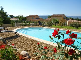 Villa in Provence for a Family with Pool near Town - Villa Montclar - Saint-Saturnin-les-Apt vacation rentals