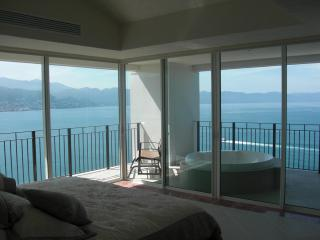 4/5 BDR Grand Ventian Best Views in PV.  End unit. - Puerto Vallarta vacation rentals