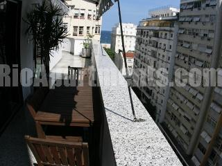 4 bedroom penthouse - Cod: LUX-7 - Niteroi vacation rentals