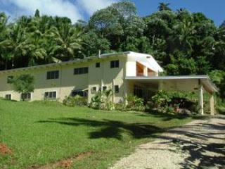 Bright 5 bedroom Avarua House with Cleaning Service - Avarua vacation rentals