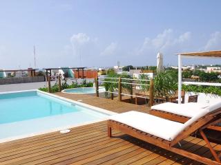 LPP201 - 2-Bedroom, Solarium, Pool, Jacuzzi + View - Playa del Carmen vacation rentals