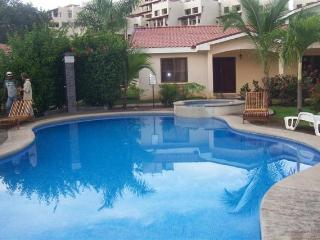 Carmoran 5A - 2 bed townhouse-Great Location! - Playas del Coco vacation rentals