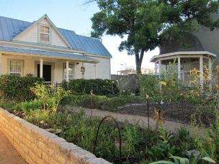 Agave Cottage In The Garden - Fredericksburg vacation rentals