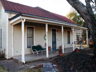 Oma Rosa's - Texas Hill Country vacation rentals