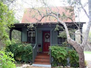 Ravenwood Cottage - Fredericksburg vacation rentals