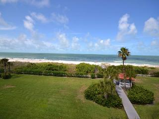 Lands End 10-405 - Gulf Front Top Floor Corner Condo in Paradise! Free WiFi! - Treasure Island vacation rentals