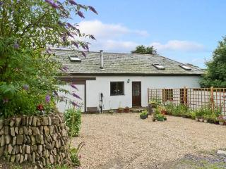 SPRING COTTAGE, pet friendly, country holiday cottage, with open fire in Lynton, Ref 8624 - Lynton vacation rentals