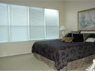 Master Bedroom - 2+ Bed 2 1/2 Bath, Luxury, 99 Steps to Beach - Siesta Key - rentals