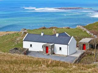 RUSSELL FAMILY COTTAGE, pet friendly, with a garden in Doolin, County Clare, Ref 8338 - County Clare vacation rentals