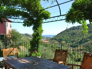 Villa delle Rose between Portofino and CinqueTerre - Leivi vacation rentals