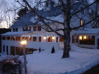 Mill Hill Inn, Bethel, Maine. Ski Sunday River - Bethel vacation rentals