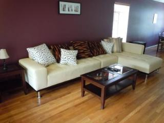 Beverly Hills, walk to Rodeo, up to 6 people - Beverly Hills vacation rentals