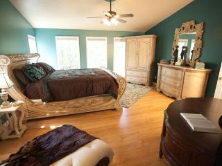 Luxurious Lakefront 7+ Bedroom, Private Dock - Branson vacation rentals