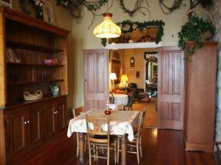 Fredericksburg Bakery B&B; - Suite 2 - Fredericksburg vacation rentals