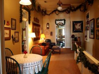 Fredericksburg Bakery B&B; - Suite 1 - Fredericksburg vacation rentals