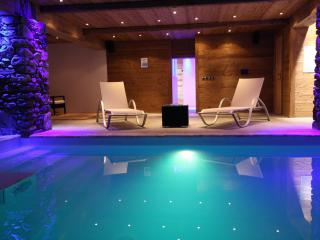 7 bed ski chalet + indoor swimming pool & Hot tub - La Rosiere vacation rentals