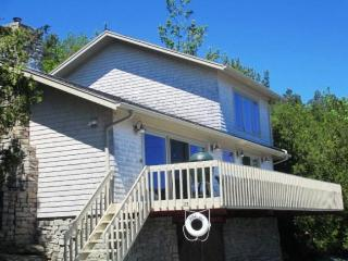 Perfect 3 bedroom House in Mount Desert with Shared Outdoor Pool - Mount Desert vacation rentals