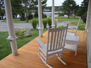 Leffingwell Cottage - Bernard vacation rentals