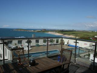 Comfortable House with Washing Machine and Shared Outdoor Pool - Newquay vacation rentals