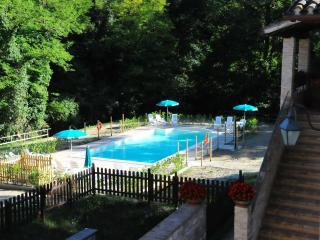 Holiday homes  in the green hills of Umbria - Gubbio vacation rentals