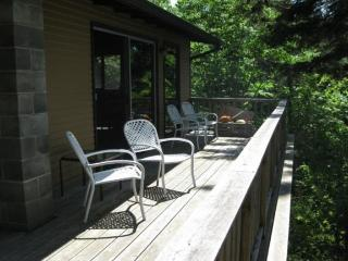 3 bedroom House with Toaster in West Tremont - West Tremont vacation rentals