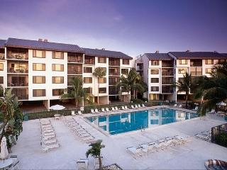 Santa Maria Harbour Resort Building 1-104 - Weekly - Fort Myers Beach vacation rentals