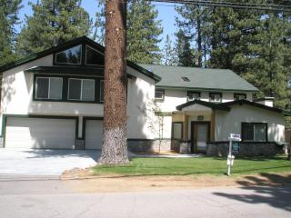 Tahoe Mountain Elegance--Custom built 2009 - South Lake Tahoe vacation rentals