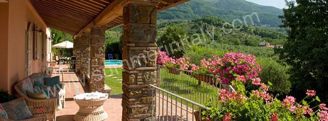 Villa Veronica - Image 1 - San Pietro a Marcigliano - rentals