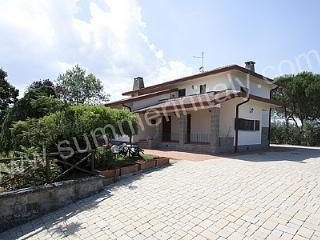 Spacious Montecchio House rental with Deck - Montecchio vacation rentals