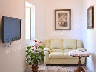 Appartamento Guiscardo - Amalfi vacation rentals