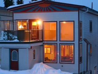 SLOPESIDE LUXURY: 4Bed/4Bath+Den - Silver Star Mountain vacation rentals