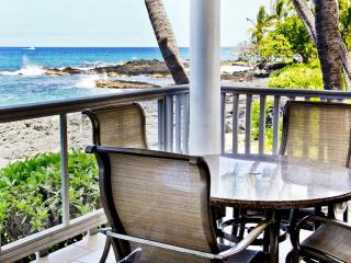Full Oceanfront Home on White Sandy Beach - Kailua-Kona vacation rentals