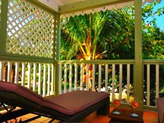 TI BO - PALM D'ORIENT... affordable, cozy, tropical escape in Orient Bay - Orient Bay vacation rentals
