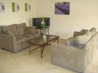 Palm Comfort Two-bedroom condo - PR045 - Palm Beach vacation rentals